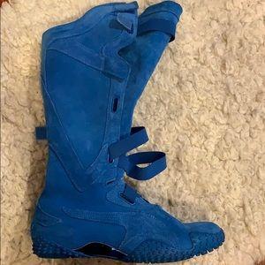 Puma Mostro Alto Suede Blue Boots